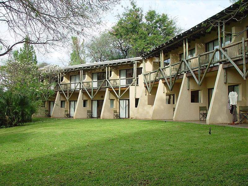 chobe safari lodge situated on the banks of the chobe. Black Bedroom Furniture Sets. Home Design Ideas